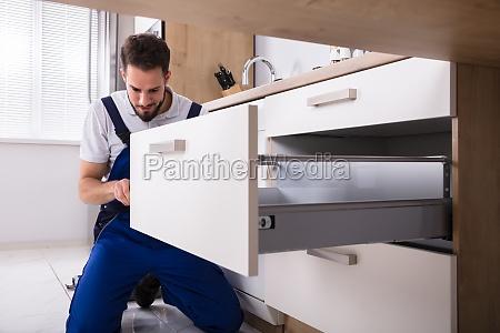 handyman, installing, drawer - 23603428