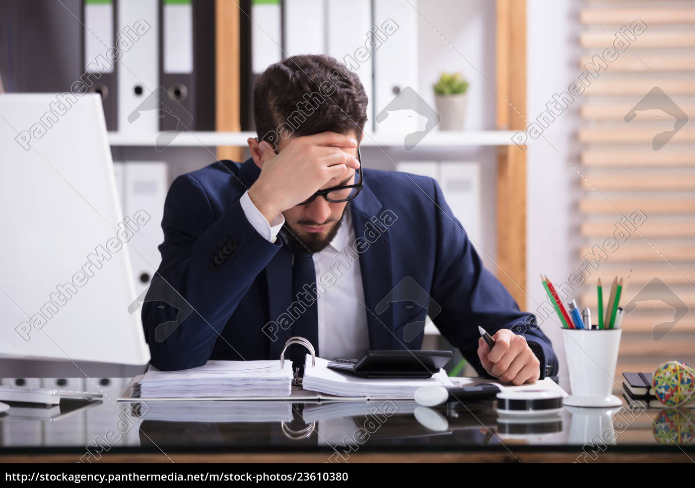 businessman, working, in, office - 23610380