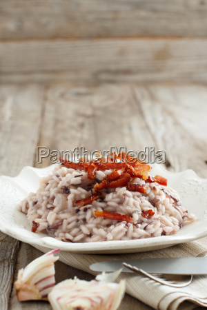 risotto with red radicchio and crispy