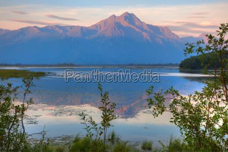 sunrise on pioneer peak with jim