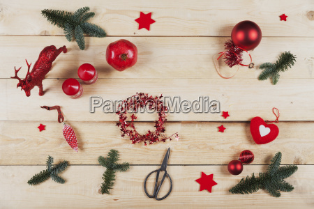 items for self made christmas decoration