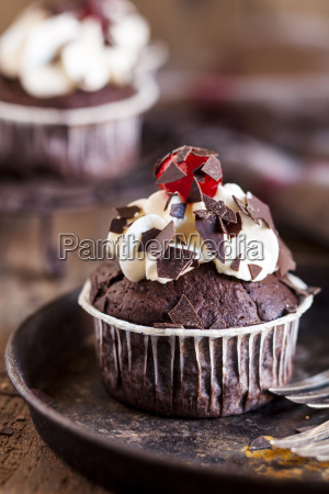 black forest cherry muffins with cream