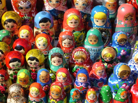 dolls doll wood pupates souvenir russia