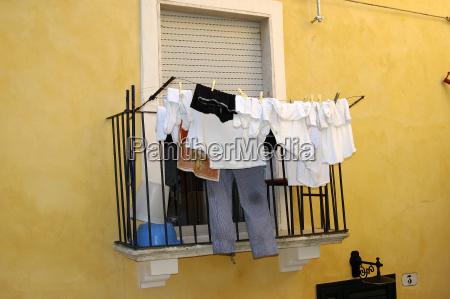 washing day italy