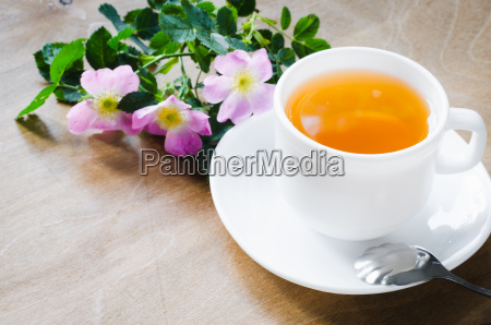 cup of morning tea with lemon