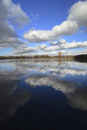cloud reflection on jamaica pond