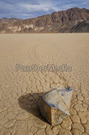 usa california moving rock in desert