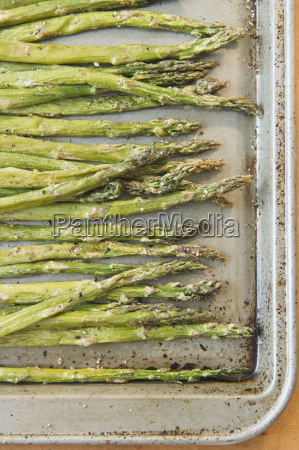 close up of roasted asparagus on