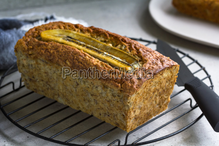 banana bread and nut loaf