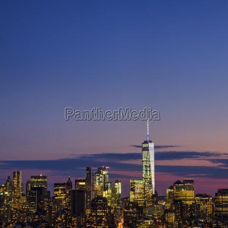 skyline of new york at dusk