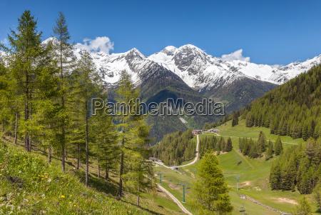 mountain panorama in the ahrntal