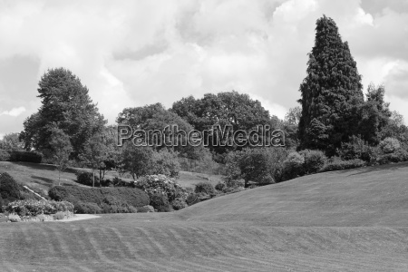 calverley grounds picturesque public park