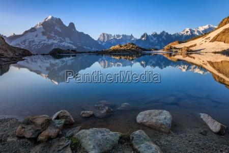 lac blanc graian alps france