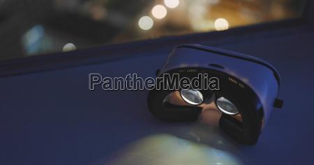 virtual reality device playing music video