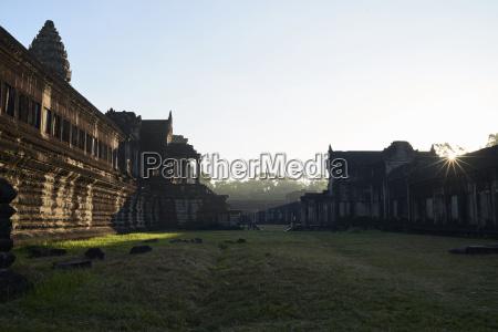 viaggio viaggiare storico tempio alba allaperto