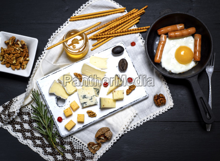 brie cheese roquefort camembert cheddar