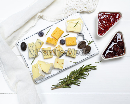 small pieces of brie cheese roquefort