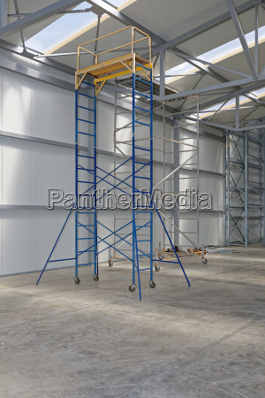 scaffolding movable