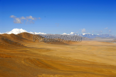 mountains desert wasteland asia summit width