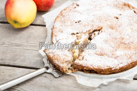 apple pie with whole grain flour