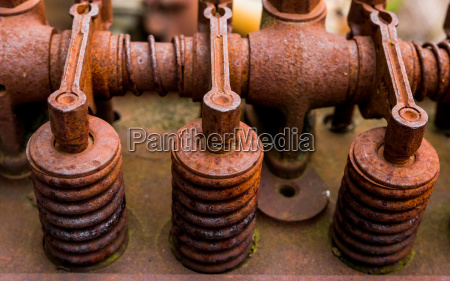 vintage antique automotive cylinder head rocker