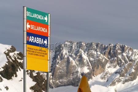 sign signal mountains holiday vacation holidays