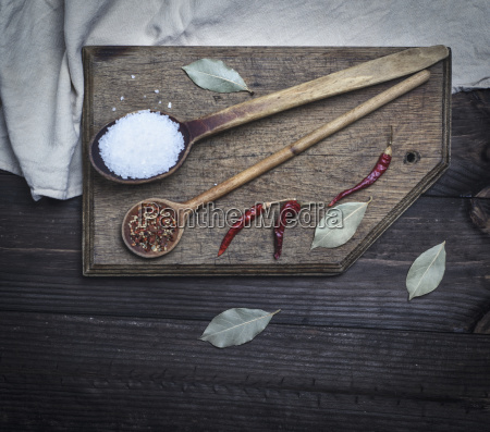 wooden spoon with white large salt