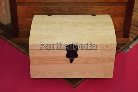 wooden trunk chest