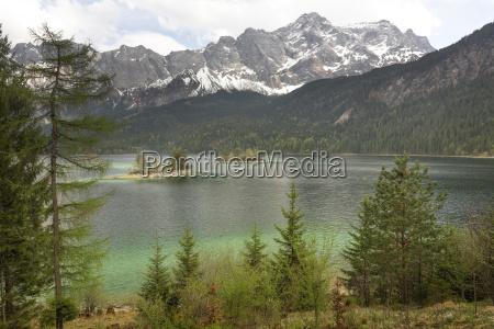 eibsee in spring with a view