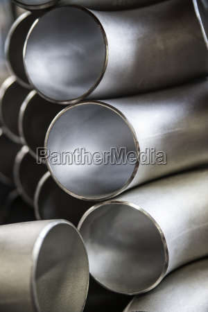 sill life of aluminium pipes manufactured