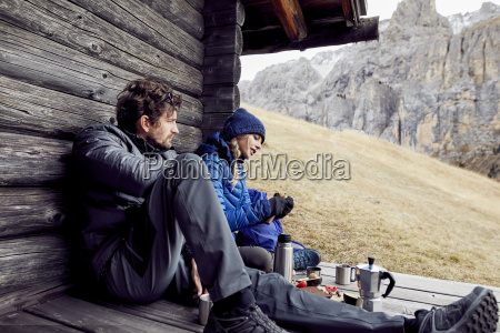 couple having a break at mountain