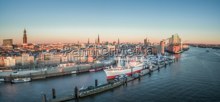 hamburg hafencity landungsbruecken and elbphilharmonie at