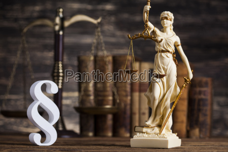statue of lady justice law concept