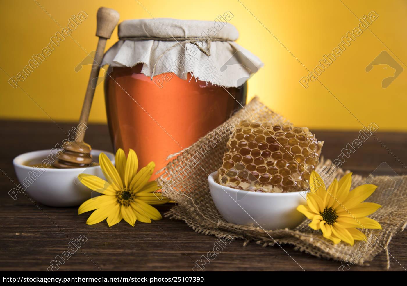 honey, in, jar - 25107390