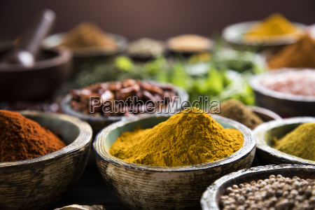spices, on, wooden, bowl, background - 25114318