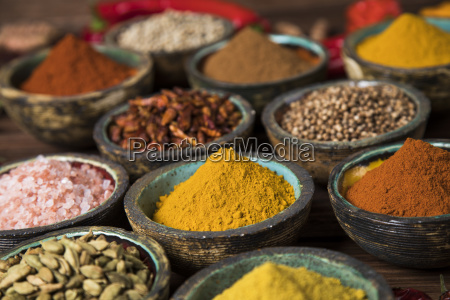 spices, on, wooden, bowl, background - 25119604