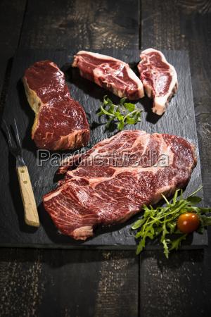 raw meat roast beef american