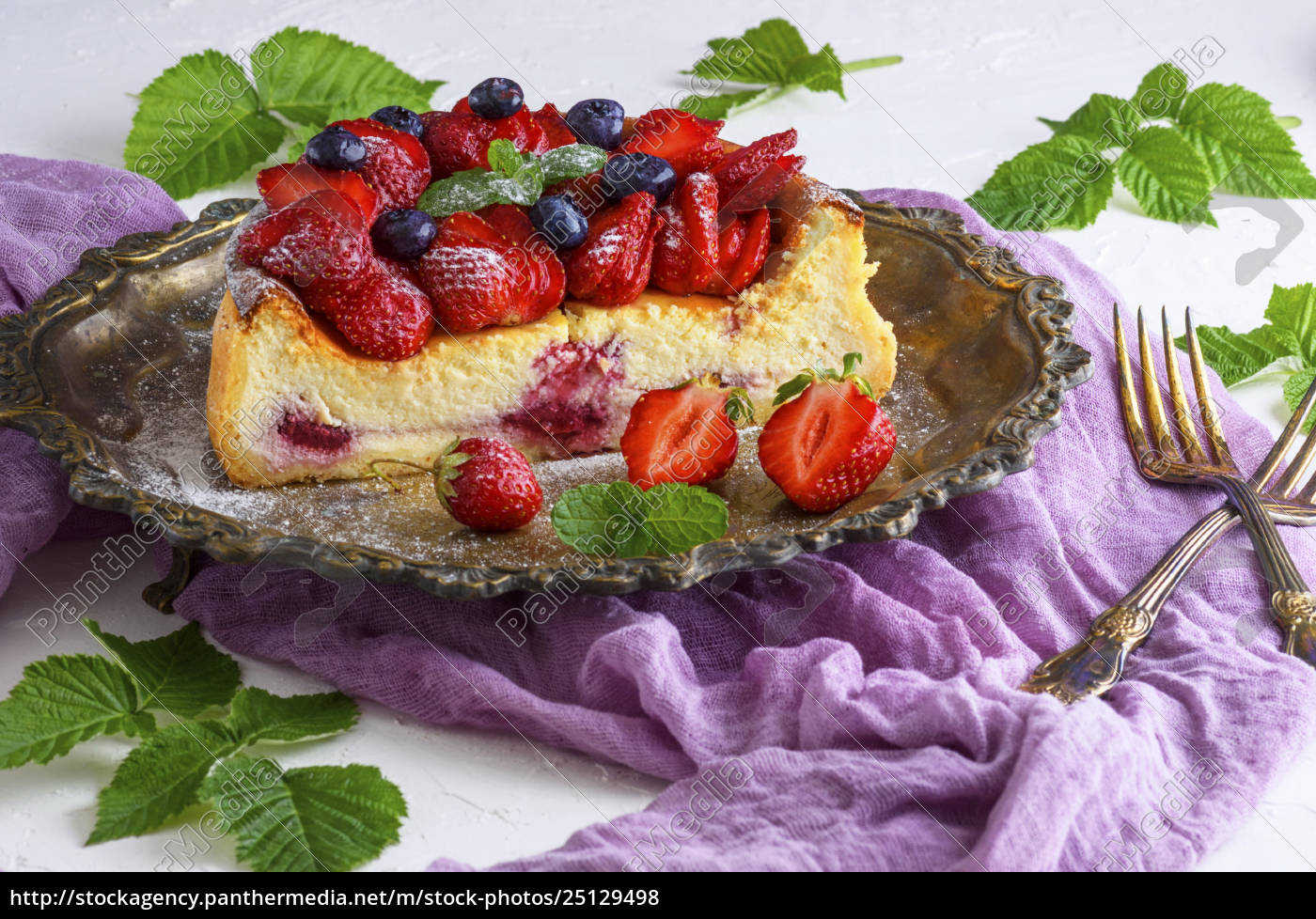 cheesecake, made, of, cottage, cheese, and - 25129498