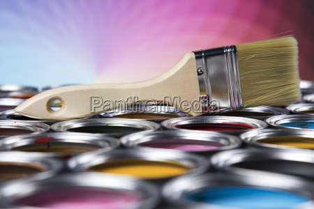 paintbrush, on, cans, with, color - 25130482