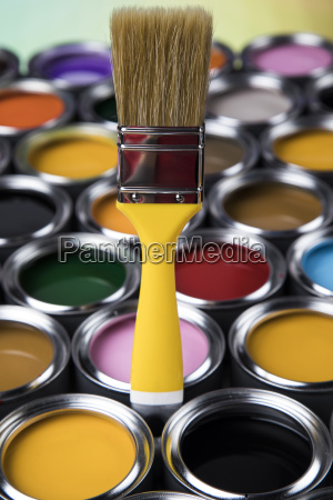 paintbrush, on, cans, with, color - 25130532