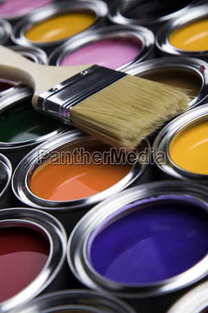 paintbrush, on, cans, with, color - 25130930
