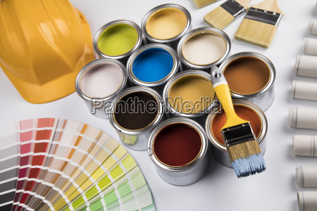 can, with, paint, and, paintbrush - 25131240