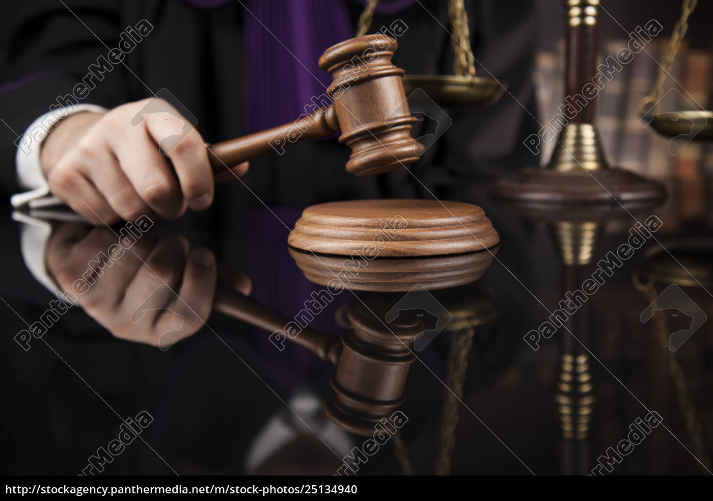 court, gavel, law, theme, , mallet, of, judge. - 25134940