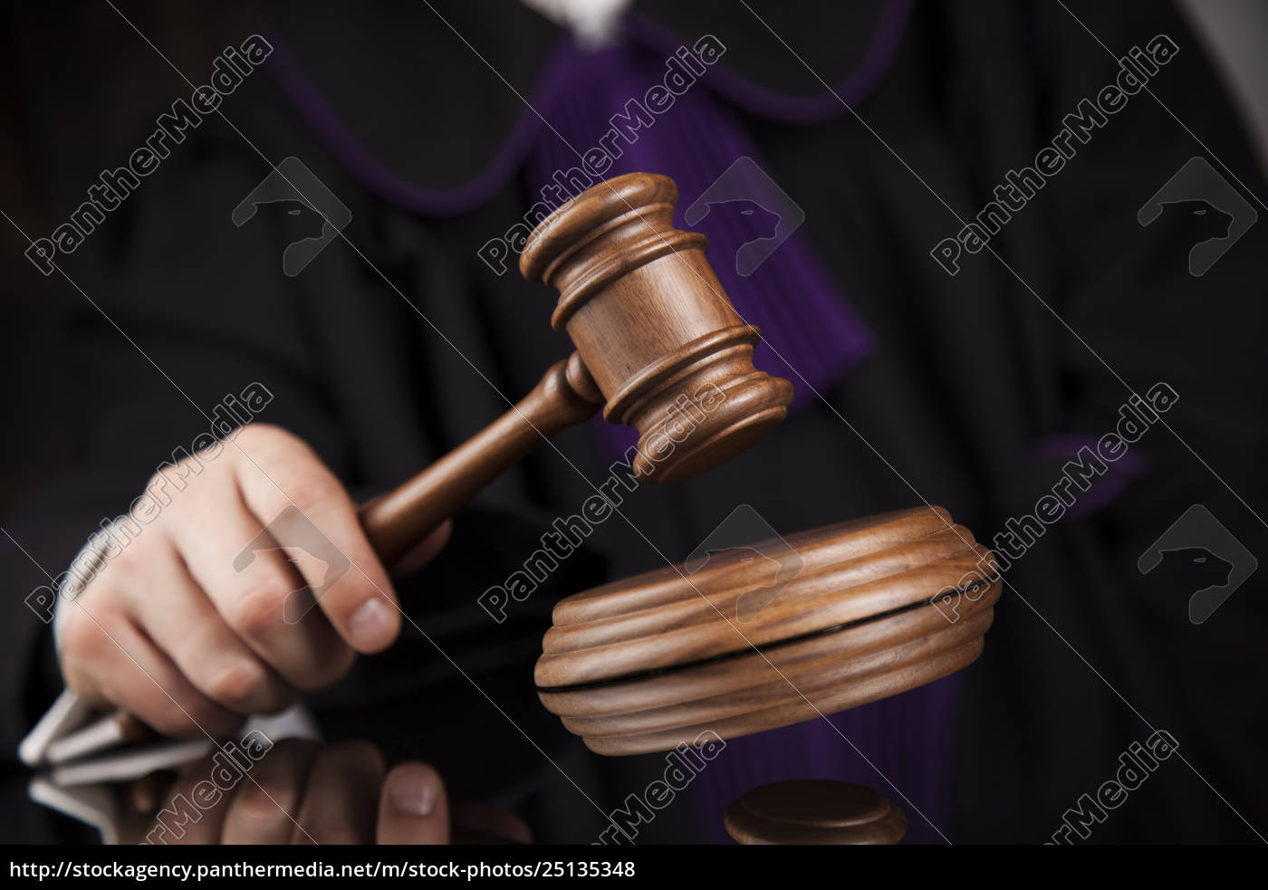 court, gavel, law, theme, , mallet, of, judge. - 25135348
