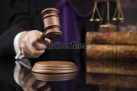 courtroom, , judge, , male, judge, in, black - 25135360