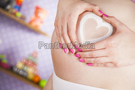 pregnant, woman, loving, heart, her, baby - 25135718