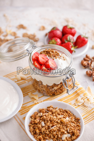 homemade, granola - 25140524