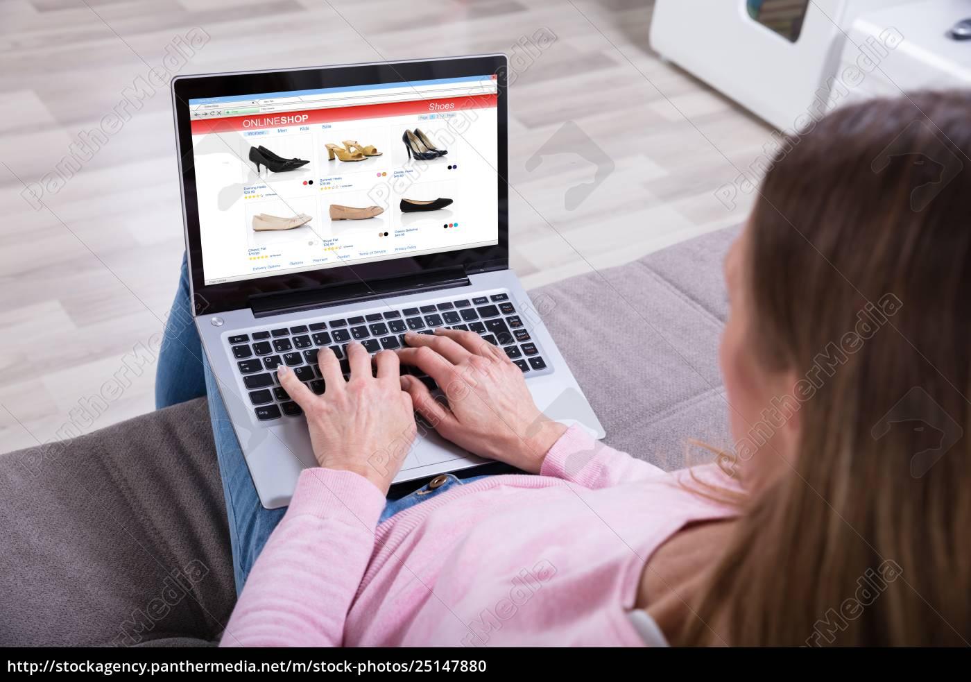 woman, shopping, footwear's, online, on, laptop - 25147880