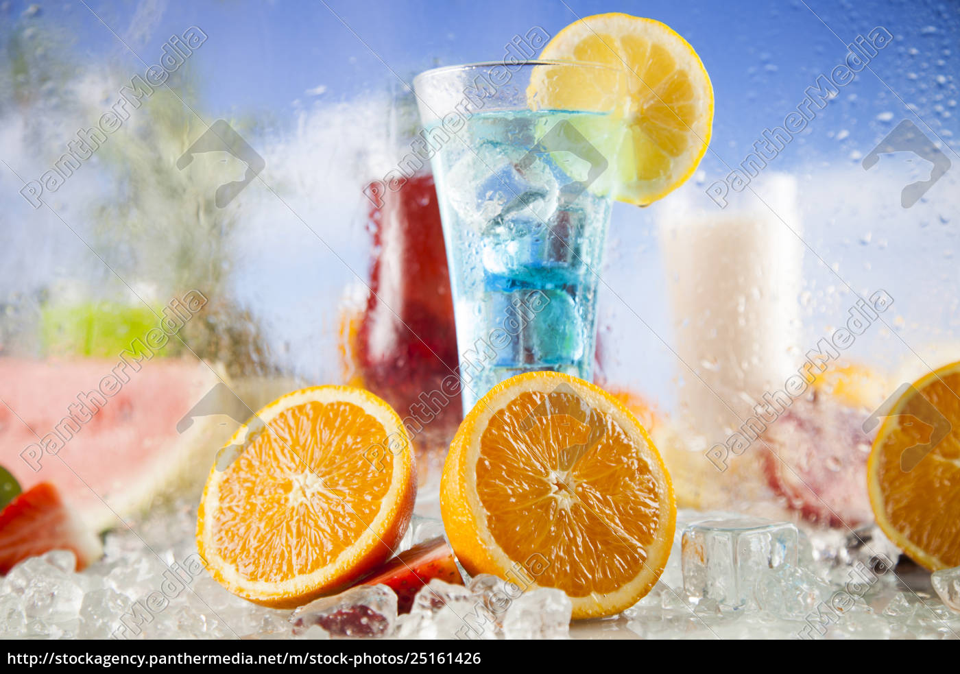 exotic, alcohol, drinks - 25161426