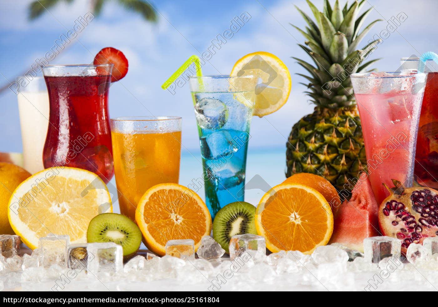 exotic, alcohol, drinks - 25161804